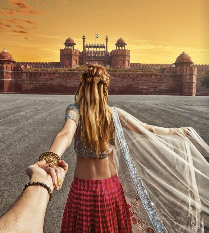 Photographer who follows his girlfriend all across the world comes to India; the photos are gorgeous - IBNLive