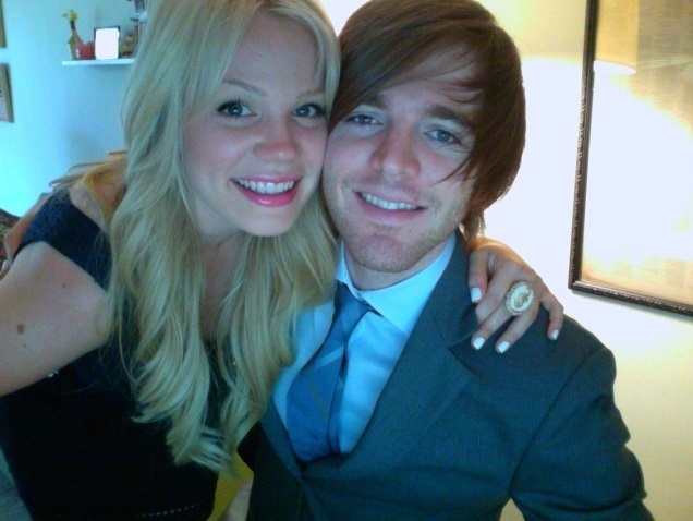 Shane Dawson and his girlfriend Lisa Schwartz, they are such a lovely couple ♥
