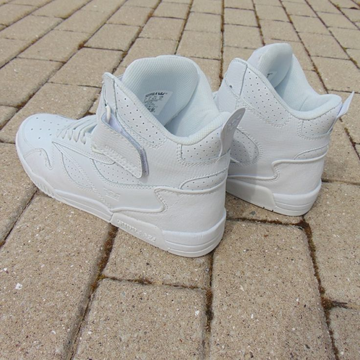 OrangeZone | Supra Bleeker Triple White mens trainers