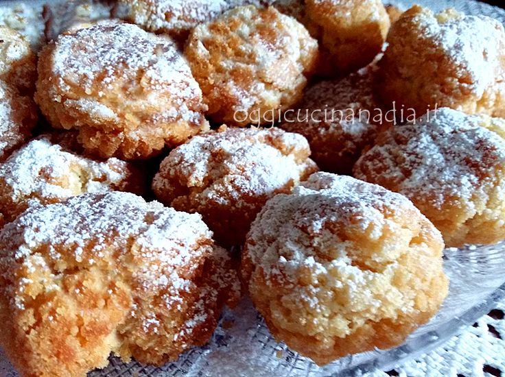 Le frittelle di carnevale sono delle dolci e soffici palline fritte che in casa nostra per tradizione si preparano a Carnevale