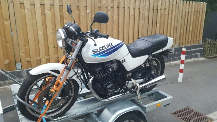 Suzuki GSX 400 E '88 #1