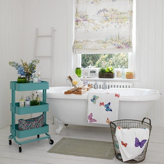 Beautiful country bathrooms to inspire your home decor