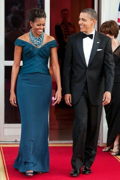 1st Lady Michelle Obama is looking Flawless... Pres Obama is always looking handsome ❤ #2016