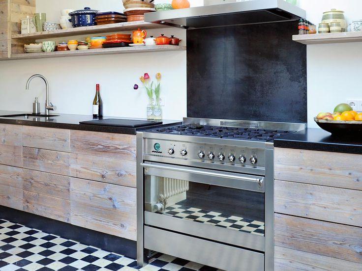 Keuken steigerhout fornuis
