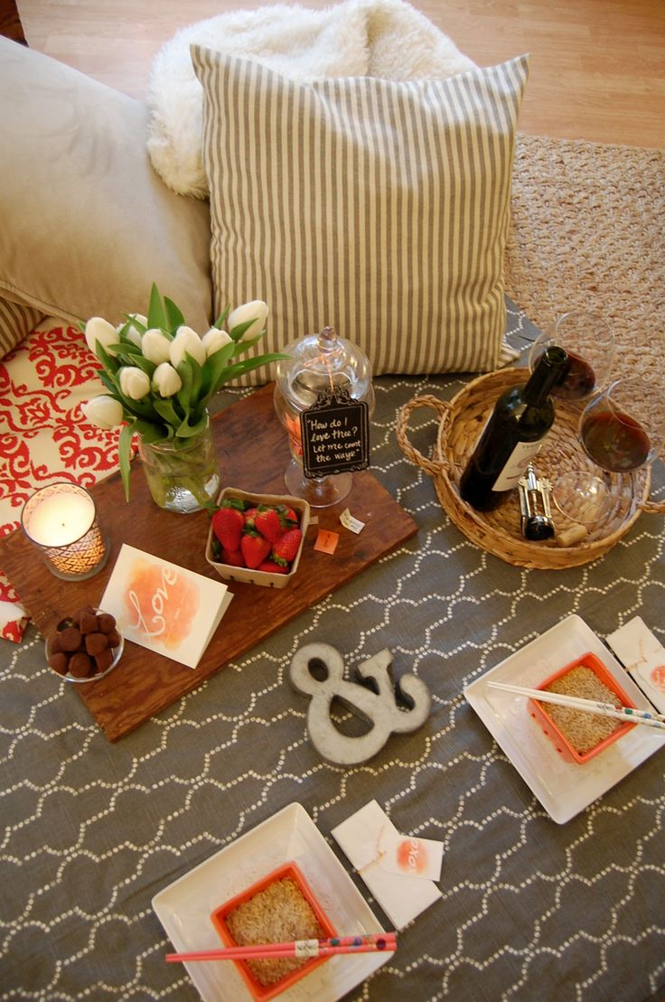 An Indoor Picnic For Two Valentine Printables Indoor