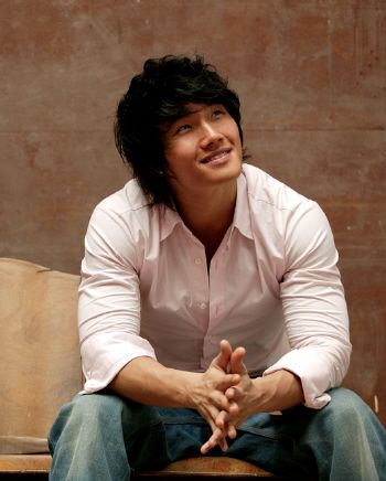 Kim Jong Kook to return to the music industry with a new album this month