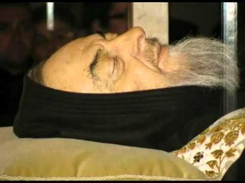 Santo Padre Pío - Cuerpo exhumado