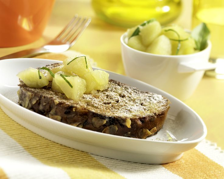 Paasbrood wentelteefjes met appel- basilicumsalsa: http://www.brood.net/recepten/ei/paasbrood-wentelteefjes-met-appel-basilicumsalsa