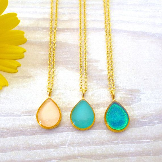 Hey, I found this really awesome Etsy listing at https://www.etsy.com/listing/270711183/teardrop-necklace-tiny-teardrop-necklace