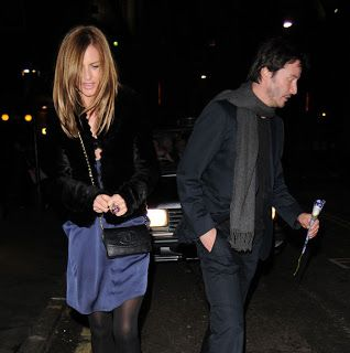 August 2008 Keanu Reeves was rumored to be dating British Tv presenter Trinny Woodall.