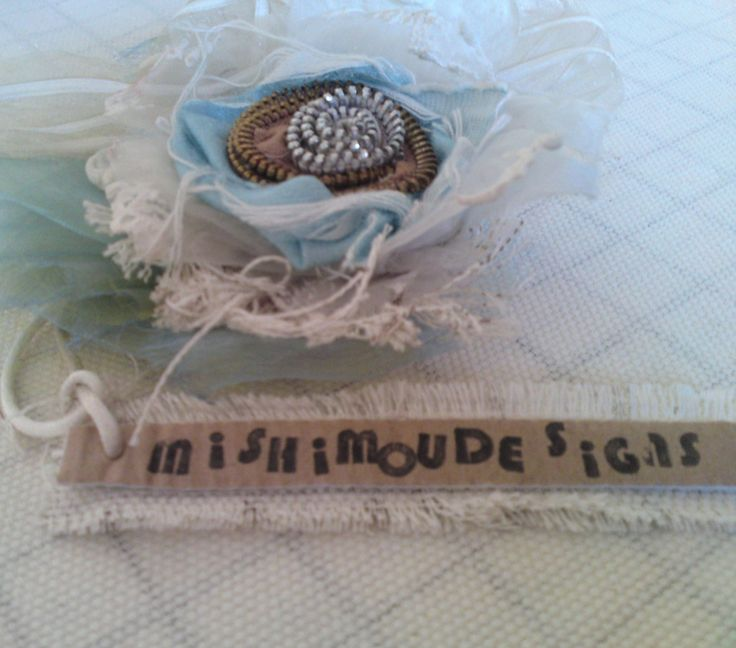 [front page on etsy; nostalgia brooch]