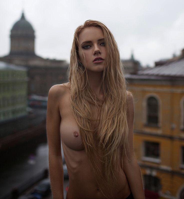 Alena I Nude 22