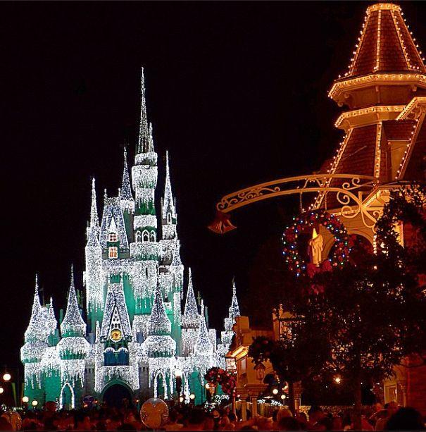 651 Best Disney Christmas! Images On Pinterest