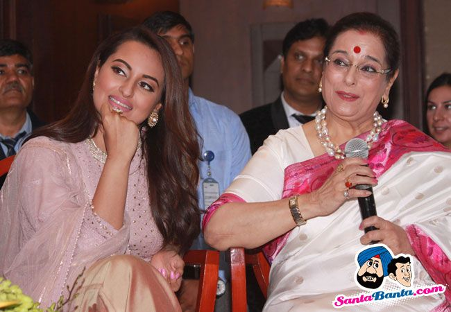 Launch of Shatrughans Biography Anything But Khamosh -- Sonakshi Sinha and Poonam Sinha Picture # 327791