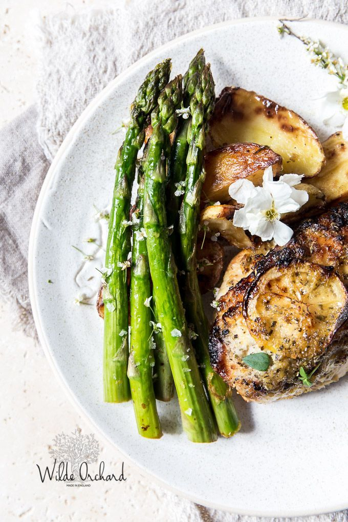 One Pan Lemon Roast Chicken and Asparagus with roasted lemon pepper potatoes. This is the one pan wonder dinner, of your busy Friday night dreams.