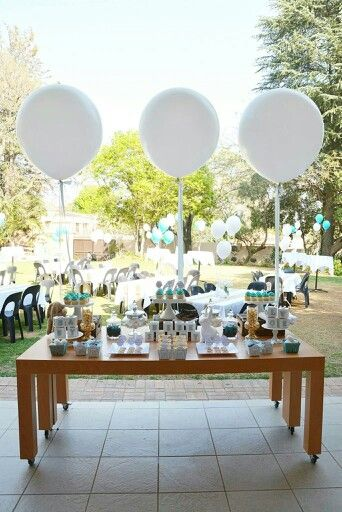 We got to use #giant balloons at our very first bris