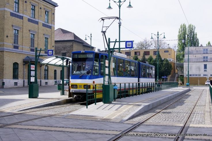 202 Szeged pályaudvar 20.04.2012 - (ČKD) Tatra KT4D - ex-219393-3 / BVB Ost Berlin ex-0121 / ViP Potsdam, ex-112IV / ViP Potsdam