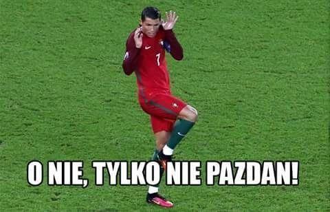 O nie, tylko nie Pazdan! • Cristiano Ronaldo przed meczem z Polską boi się Pazdana • Memy Polska Portugalia • Wejdź i zobacz więcej >> #pol #polska #memy #pilkanozna