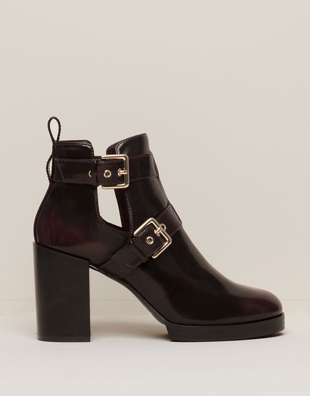 BOTTINES TALON 2 BOUCLES - CHAUSSURES FEMME - FEMME - PULL&BEAR France