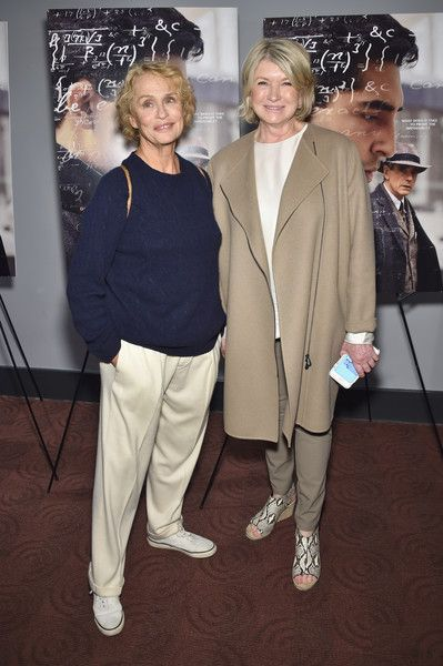 """Lauren Hutton Photos - Lauren Hutton (L) and Martha Stewart attend """"The Man Who Knew Infinity"""" New York Screening at Chelsea Bow Tie Cinemas on April 27, 2016 in New York City. - 'The Man Who Knew Infinity' New York Screening - Arrivals"""
