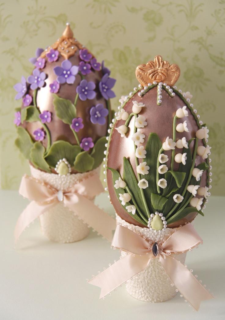 Huevos de Pascua de chocolate / Decorated chocolate Easter Egg