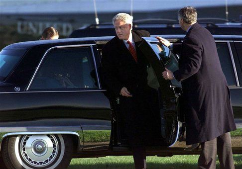Bill Clinton's Limo Service to Hermès Cost Taxpayers $8,852 Multimillionaire wife campaigns on behalf of 'everyday Americans' Bill Clinton / AP  Bill Clinton / AP BY: Elizabeth Harrington  —  July 6, 2015 2:10 pm	  The limousines that took Bill Clinton to Hermès in Paris cost taxpayers over $8,000.  The State Department picked up the tab for the multimillionaire former president's transportation costs during his trip to Paris last month, government contracts show. The agency paid Biribin…