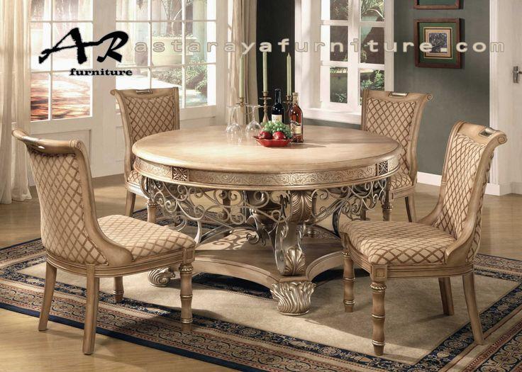 Set Meja Makan New Elegant Classic Furniture Set Meja Makan New Elegant Classic Furniture adalah salah satu furniture meja makan yang memiliki daya tarik sendiri karena desain furniture yang ditamp…