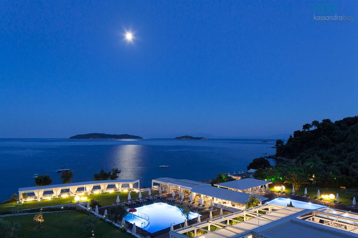 A ravishing night at Kassandra Bay Resort & SPA in Skiathos! More at kassandrabay.com