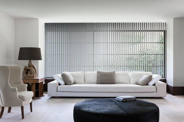 Copahome raamdecoratie verticale jaloezieën grijs / La décoration de fenêtre. Stores à bandes verticales gris