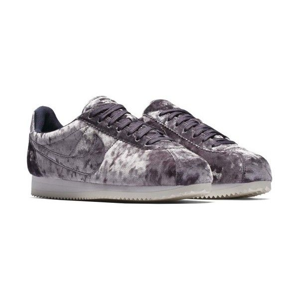 Women's Nike Cortez Classic Lx Sneaker (€80) ❤ liked on Polyvore featuring shoes, sneakers, nike trainers, velvet shoes, nike shoes, nike footwear and low top