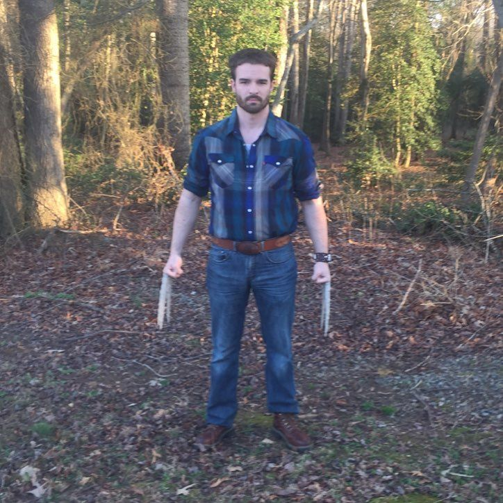 #logan #wolverine #bone #claws #leather #xmen #jeans #cosplay #marvel #marvelcosplay #wolverineboots #marvelmovies #xmendaysoffuturepast