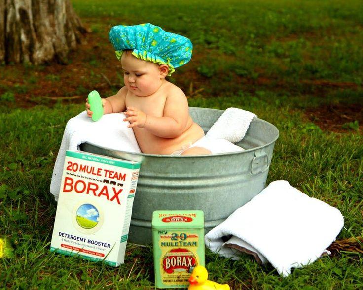 Nie każde dziecko od razu pokocha kąpiel. Może bać się wody, mimo że przecież przez dziewięć miesięcy w brzuchu matki przebywało w takim środowisku. Jednak warto przyzwyczaić dziecko do wody, by polubiło kąpiel, a następnie nie bało się również basenu. Przedstawiamy kilka sposobów na to, jak... http://blog.conrad24.pl/zabawki-do-kapieli-frajda-dla-dzieci-i-rodzicow/