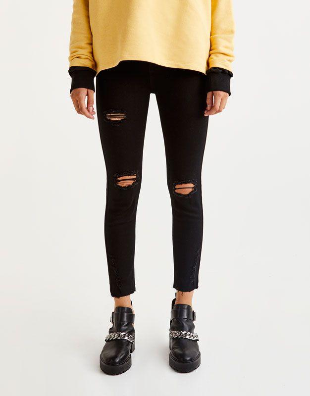 Body curve capri jeans - Jeans - Denim - HIDDEN - PULL&BEAR United Kingdom