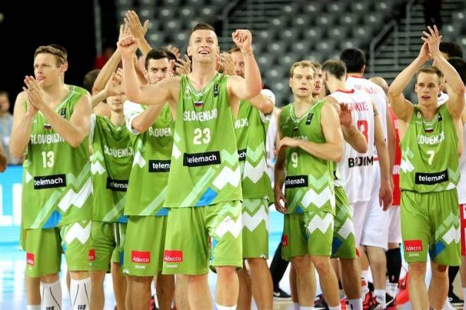 Ζορίστηκαν αλλά κέρδισαν οι Σλοβένοι