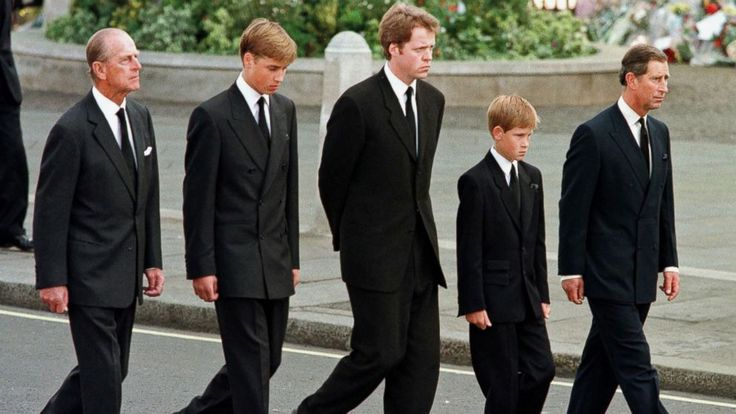Princess Diana's brother 'lied to' about coffin walk at her funeral #World #iNewsPhoto
