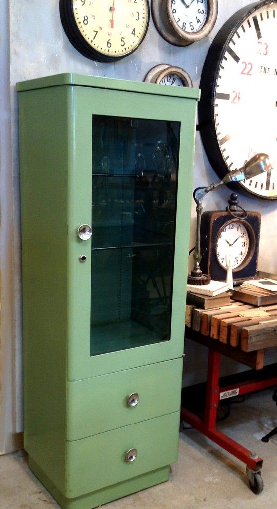 medical cabinet from 1940s -- still to be found in use in clinics & medical offices in the 1960s