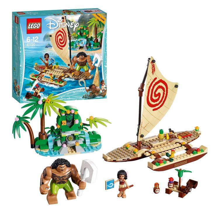Vaiana, haar sterke vriend Maui en Heihei de haan laten hun boot te water en hijsen het zeil. Onderweg bestuderen ze de sterrenkaart en eten ze tropisch fruit. Maar pas op: de gemene Kakamora proberen het hart van Te Fiti te stelen van Vaiana! Beleef spannende avonturen op volle zee en zorg dat het eiland weer een groen en vredig paradijs kan worden. Afmeting: verpakking 28 x 26 x 6 cm - LEGO Disney Prinses 41150 Vaiana's Oceaanreis