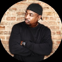 Today is Chuck D's 52nd birthday! One of the most important and influential figures in rap history.