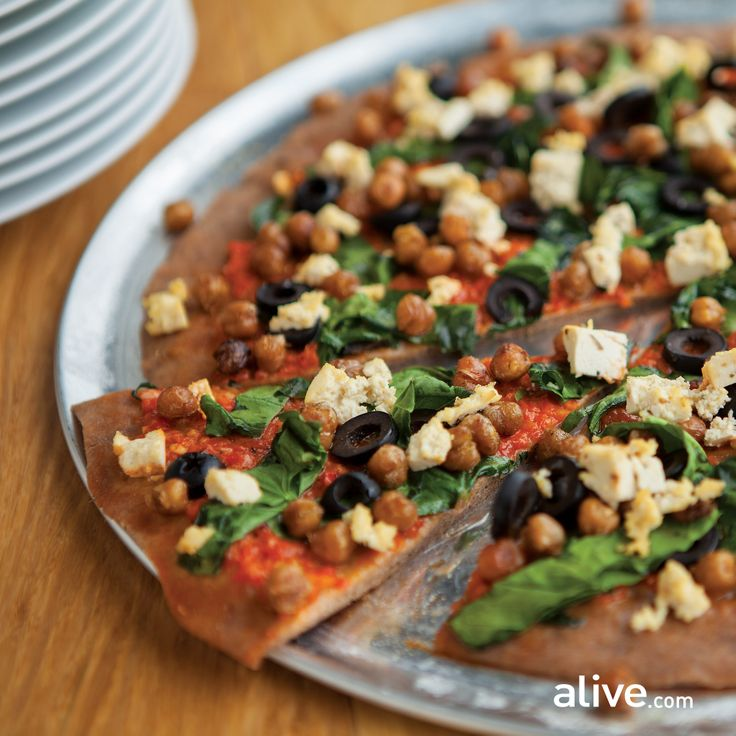 Barbecued pizza has extra crunch in the crust and a rich, smoky flavour. Try this #vegan recipe:http://www.alive.com/recipes/view/1369/barbecued_pizza_with_roasted_pepper_sauce_and_spiced_chickpeas