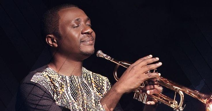 Gospel singer Nathaniel Bassey, has made it known he believes very much in paying tithes as against Daddy Freeze's several post against the act.  The singer took to his IG page to write: Tithing – Whether Old or New Testament o, or whether under the law or under Grace o, COUNT ME IN. I love this God too much to argue about one small fraction of what he has blessed me with.