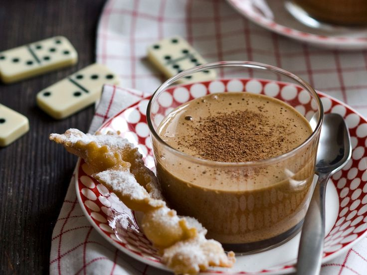 This mocha zabaglione is an irresistible creamy coffee dessert with crostoli to dip into. A great finish to any meal.