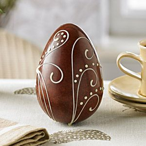 Milk Chocolate Woodland Fern Easter Egg | A delicious Swiss Grand Cru milk chocolate egg, stippled with dark chocolate and hand-piped with a graceful white chocolate woodland fern design.
