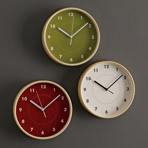 lovely clocksWestelm, Cool Clocks, Green Wall, Living Room, Wall Clocks, Kitchens Clocks, Wood Walls, West Elm, Simple Wood