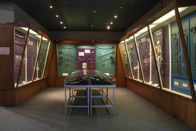 Edged weapons, infantry swords, cavalry swords, bayonets and daggers  http://citysightseeing-blog.co.za/2014/06/07/ditsong-national-museum-of-military-history-johannesburg/