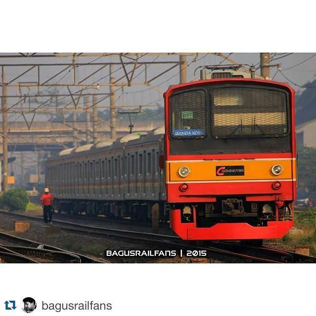 #Repost @bagusrailfans with @repostapp.  Bekasi Line #instafankcj #KAI #keretaapikita #kereta #railway #indonesia #photography #photograph #trains_worldwide #trains #landscape  #ig_worldwide #ig_worldclub #best_shot #like4like #instasize #instapict #Krl #JR205 #japan #photographer #photo #railfans @krlcommuterline #205系 #日本 by jr205series