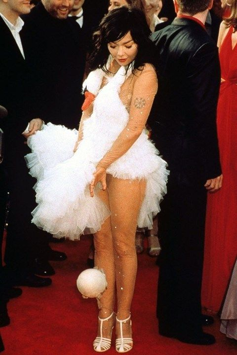 Absolutely adorable layering in this garment, frills are a must.  Red carpet rebel girls Bjork Swan dress Oscars 2001