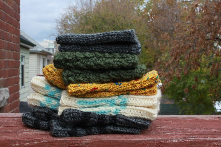 Falltime accessories: boot cuffs and fingerless mitts