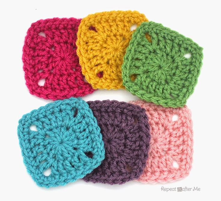 Repeat Crafter Me: Pixel Crochet Squares