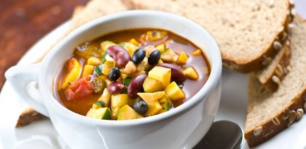 Our Vegetarian Chili recipe makes great leftovers for lunches and dinners. http://www.becel.ca/en/becel/HeartHealthyRecipes/Main-Dishes/Vegetarian-Chili.aspx