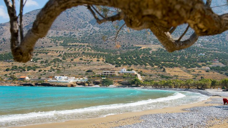 Crete Beachfront Villa Location